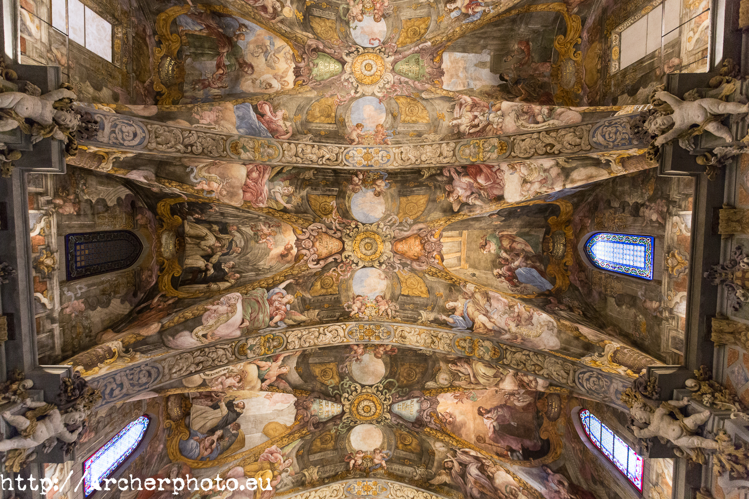4 reasons to visit Valencia, Saint Nicholas' Chapel, by Archerphoto, pro photographer.