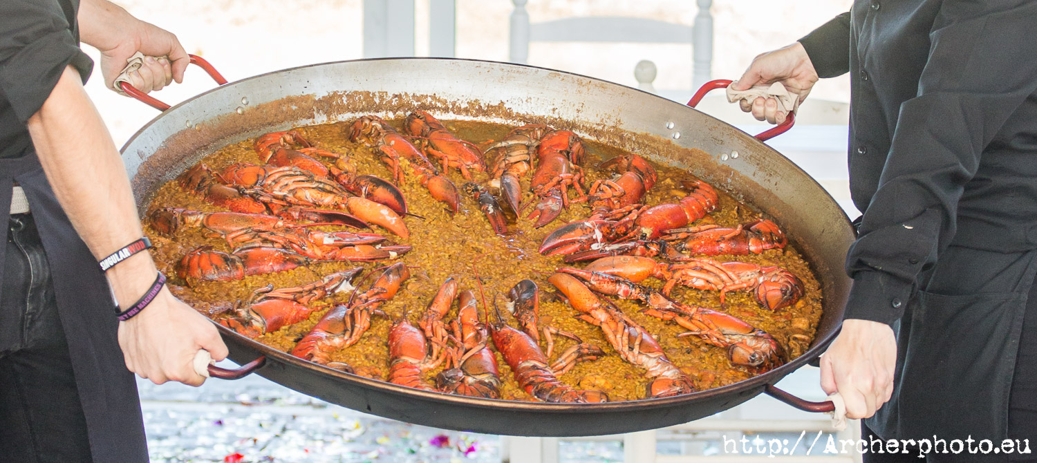 4 reasons to visit Valencia, paella de bogavante , by Archerphoto, pro photographer.