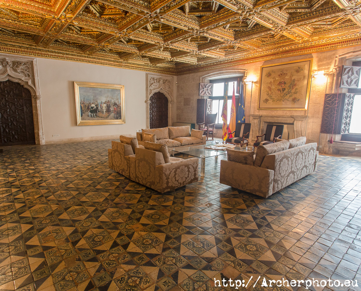 4 reasons to visit Valencia, Palau de la Generalitat, by Archerphoto, professional photographer.