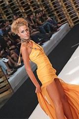 Paola Sol, modelo profesional