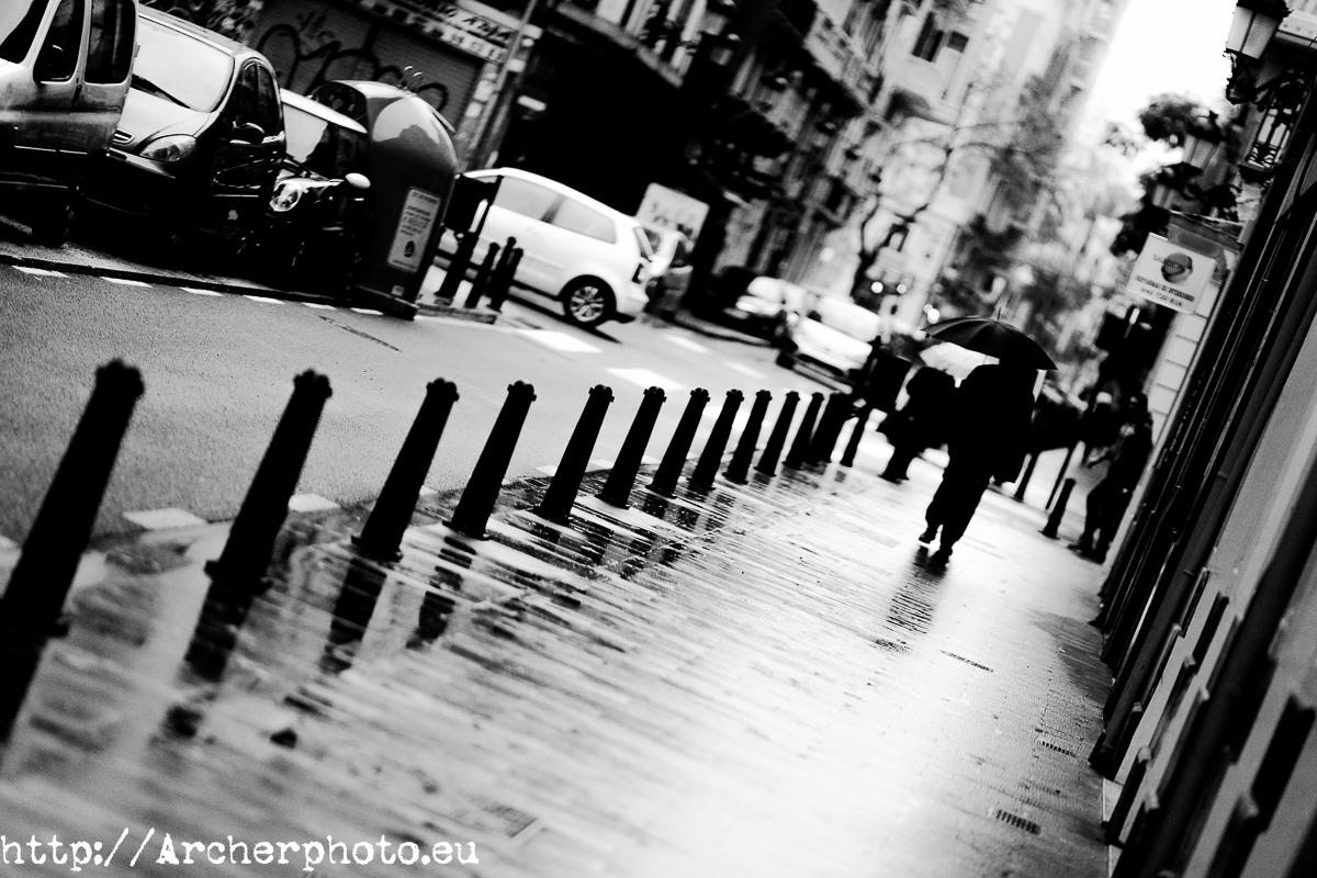 Día lluvioso. Foto en blanco y negro.