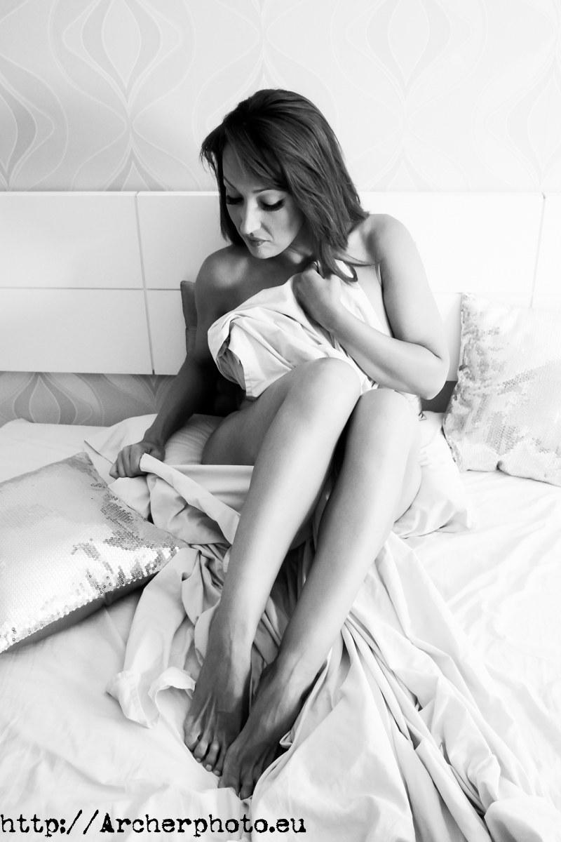 Nadia en un retrato en blanco y negro