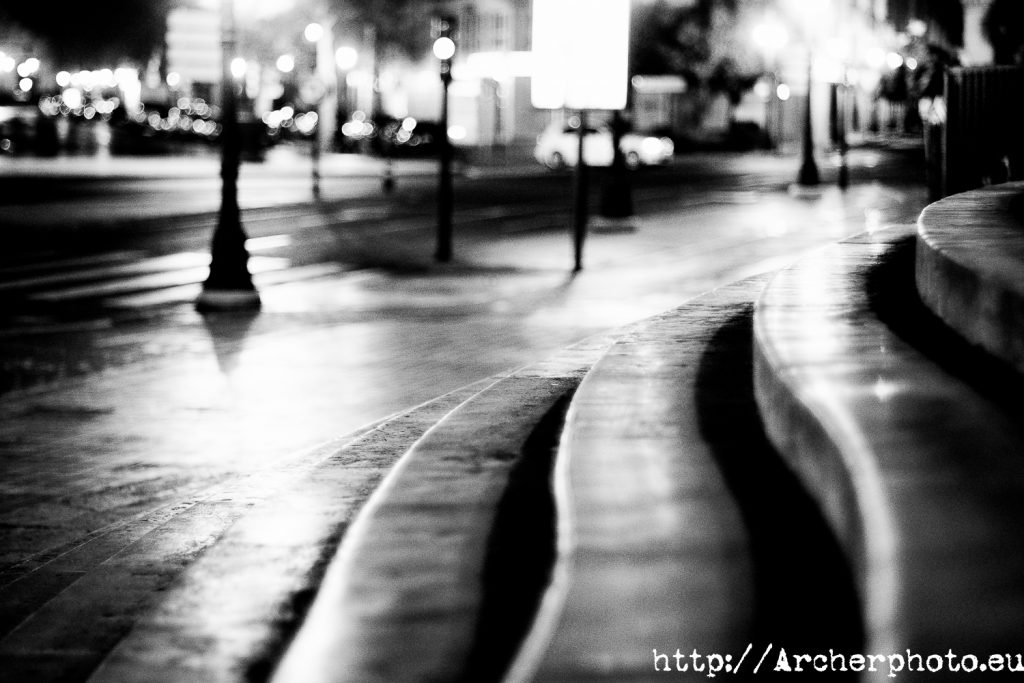 paseo nocturno puente del mar Valencia