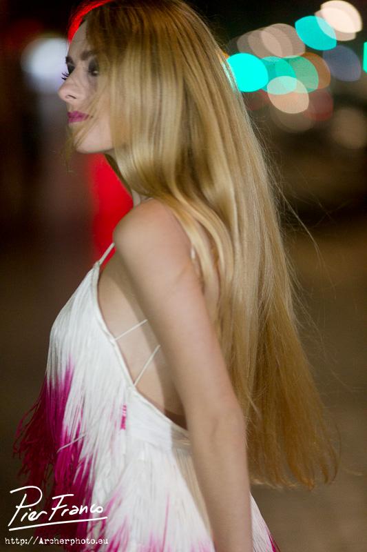Vestido de Pier Franco, con Gema Pau, por Archerphoto, fotógrafo profesional. Fotografo moda.