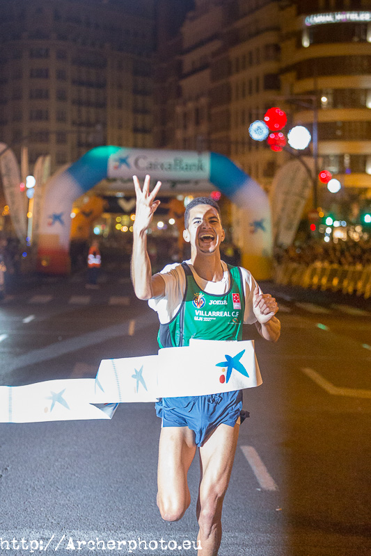 Jaouad Tougane gana la San Silvestre València 2017
