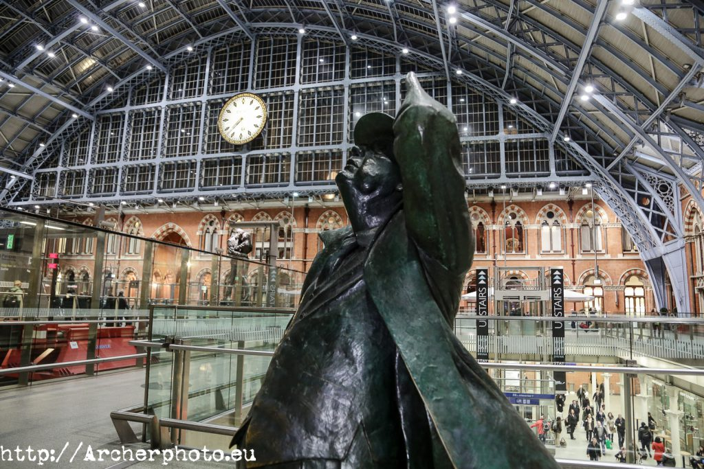 John Betjeman St Pancras en Londres. Brexit