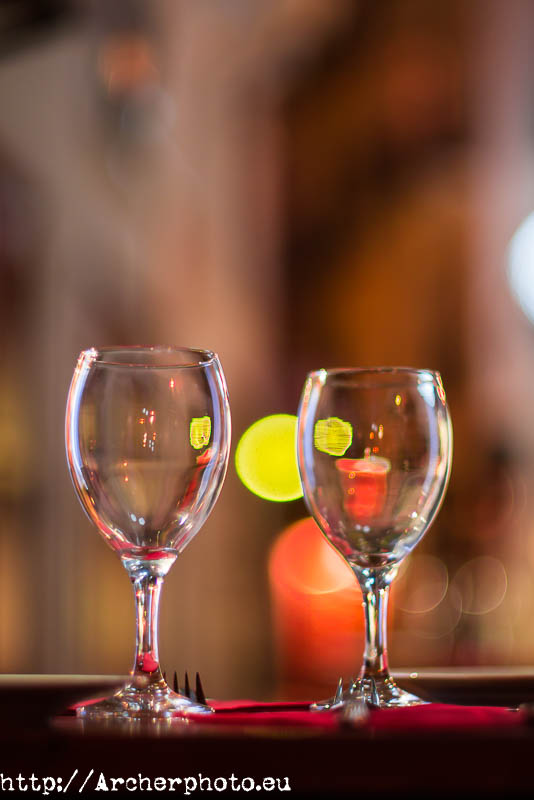 Un par de copas y bokeh. Fotografía profesional, Archerphoto.