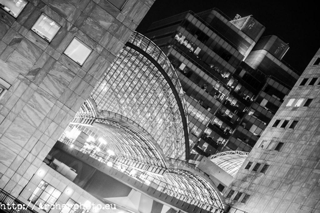 fotos urbanas y nocturnas (ii), imagen de Canary Wharf, Londres, por Sergi Albir, fotógrafo profesional
