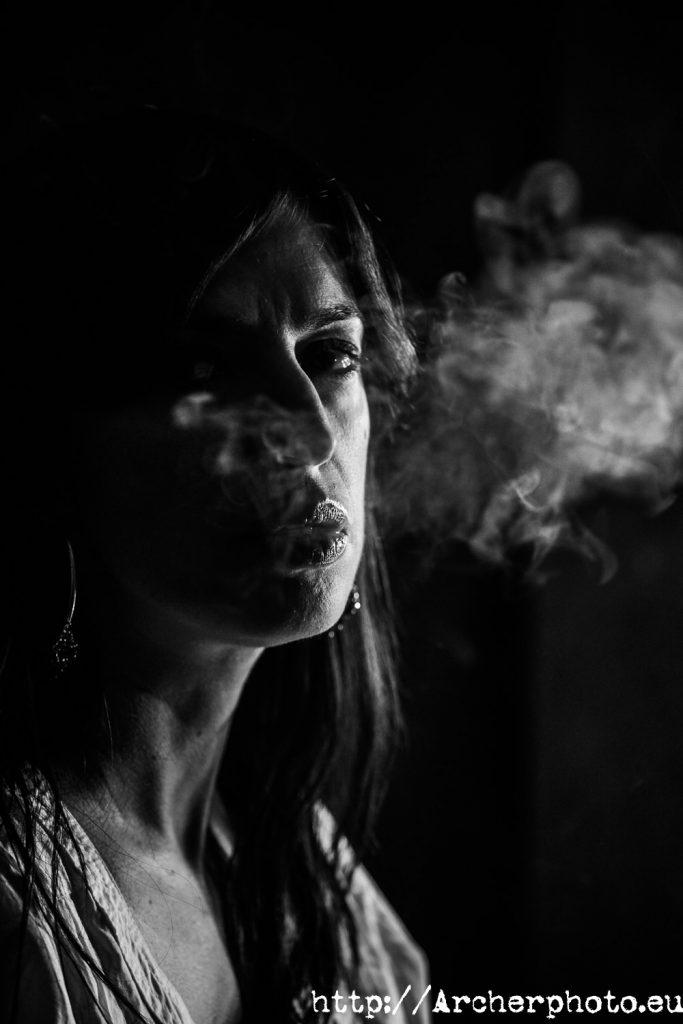 Imagen de Carmen en el estudio fotográfico de Archerphoto en Valencia.