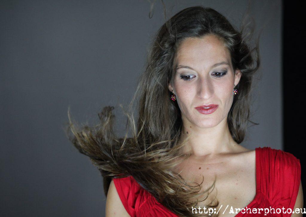 María en el estudio fotográfico por Archerphoto, fotografos Valencia