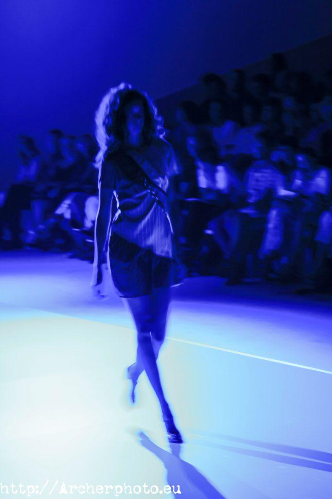 El color del año: Classic Blue, Desfile de Por Fin!, 2 de septiembre de 2008, foto Archerphoto fotografos Valencia.