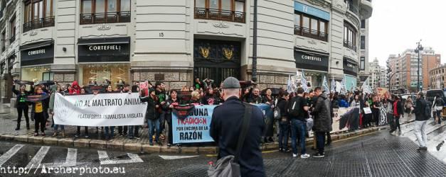 Manifestación antitaurina en Valencia, por Archerphoto, fotóografo profesional